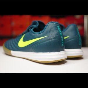 Nike Shoes - Nike Men's Magista X Finale II IC Soccer Shoe